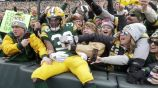 Aaron Jones celebra anotación en Lambeau Filed