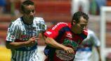 Osvaldo Lucas conduce la redonda ante la marca de Luis Gabriel Rey
