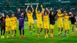 Jugadores del Dortmund celebran tras un juego