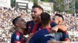 Jugadores de Cerro Porteño celebran una anotación