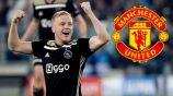 El holandés celebrando un gol con el Ajax