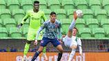 Edson Álvarez: Ajax perdió el invicto al caer ante el Groningen