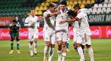 Integrantes de la Selección Mexicana festejando un gol anotado ante Argelia