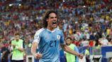 Edinson Cavani festeja un gol con la selección de Uruguay
