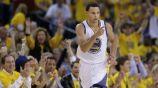 Stephen Curry en un partido con los Warriors