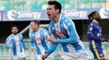 Chucky Lozano, jugador del Napoli, en festejo