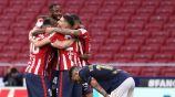 Jugadores del Atlético celebran gol vs Osasuna