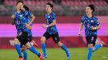 Jugadores de Japón en festejo ante Nueva Zelanda