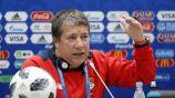 'Bolillo' Gómez en una conferencia con Panamá