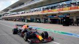 Checo celebra en acción en el Gran Premio de Estados Unidos