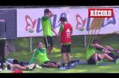 Embedded thumbnail for Tri de Juan Carlos Osorio se alista para Copa América