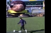 Embedded thumbnail for Messi le hace gol a robot gigante