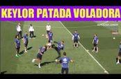 Embedded thumbnail for Keylor Navas casi 'decapita' a Enzo Zidane con una patada voladora
