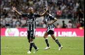 Carlos Sánchez celebra uno de los goles que puso a Monterrey en la Final