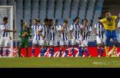 Vela logró reencontrarse con el gol en la victoria de la Real frente a Las Palmas