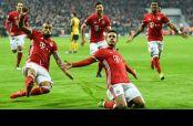 Thiago Alcántara celebra gol contra el Arsenal