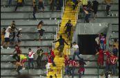 Aficionados de Veracruz llegan a la zona donde se ubicaba la porra de Tigres