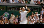 Roger Federer celebra la victoria contra Cilic