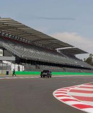 La tribuna principal del Autódromo lista para el GP de México