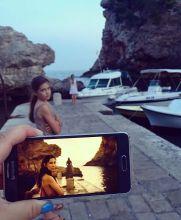 Una mujer 'revivió' escenas de Game Thrones con la ayuda de sus hijas