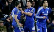 Terry felicitando a Costa por la anotación del empate