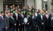 Los Venados de Mazatlán posan con Enrique Peña Nieto