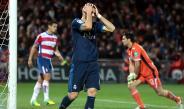Benzema se lamenta tras una falla con el Real Madrid