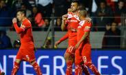 Jugadores del Toluca festejan el gol