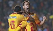 Jugadores de Monarcas festejan gol contra Santos