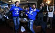 Aficionados de Leicester celebran con euforia título de Leicester