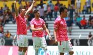 Los jugadores de Mineros festejan victoria contra Leones Negros