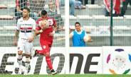 Uribe, en el festejo de gol frente al Sao Paulo