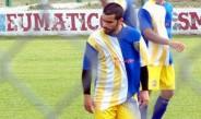 Micael Favre durante un juego con San Jorge de Villa Elisa