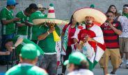 La afición llegando al Georgia Dome para vivir el amistoso entre México y Paraguay