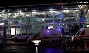 Ambulancias afuera del aeropuerto de Estambul