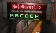 El letrero del metro de Buenos Aires con la frase No te vayas Lio