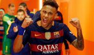 Neymar, previo a salir a un partido con el Barcelona