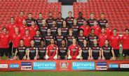 Chicharito, en la foto oficial del Bayer Leverkusen