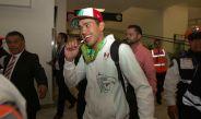 Misael Rodríguez a su llegada al aeropuerto de la Ciudad de México