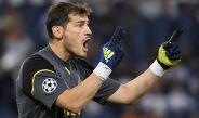 Iker Casillas da indicaciones en juego de Porto contra la Roma