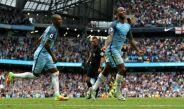 Raheem Sterling celebra su segundo gol del encuentro