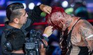 Pagano es rapado al centro del ring