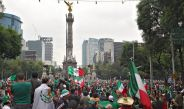 Festejos en el Ángel de Independencia