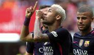 Neymar festeja gol contra el Sporting de Gijón