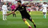 Kun Agüero celebra un tanto contra Swansea en Premier