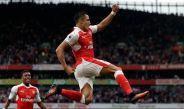 Alexis Sánchez celebra gol en su Centenario con el Arsenal