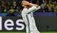 Cristiano Ronaldo se lamenta en juego contra el Dortmund