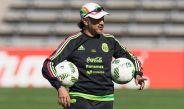 Raúl Gituérrez en un entrenamiento de Selección