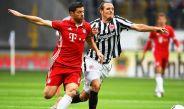 Xabi Alonso durante un partido con el Bayern Munich