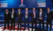 Osorio posa junto a los demás técnicos de la Confederaciones